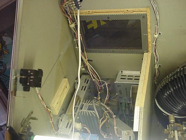 R90 Jukebox Mods